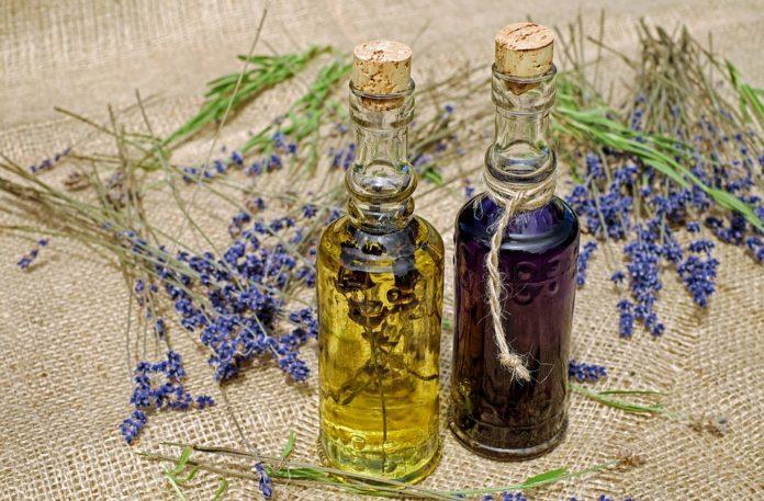 Cudowna aromaterapia   jak wybrać olejek eteryczny?