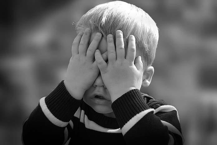 Bostonka u dziecka – jak objawia się ta choroba?